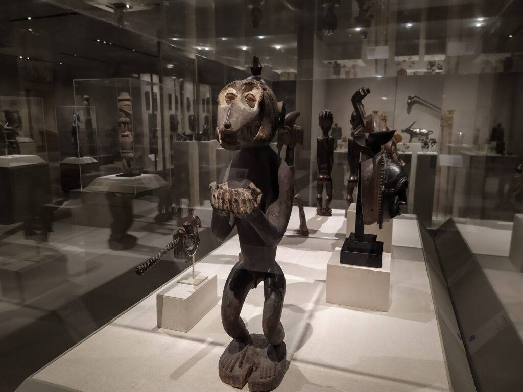 Μητροπολιτικό Μουσείο Ωκεανία