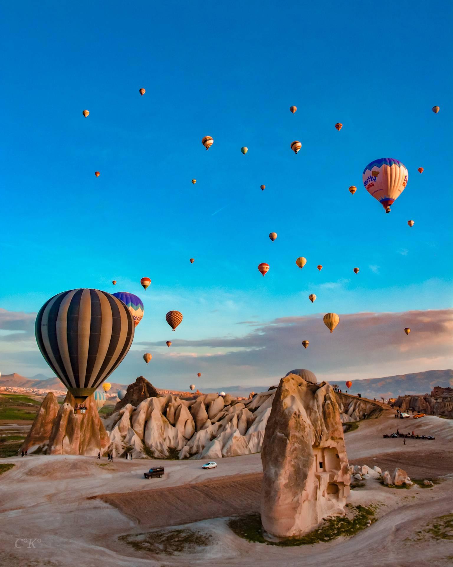 Cappadocia air hot balloons